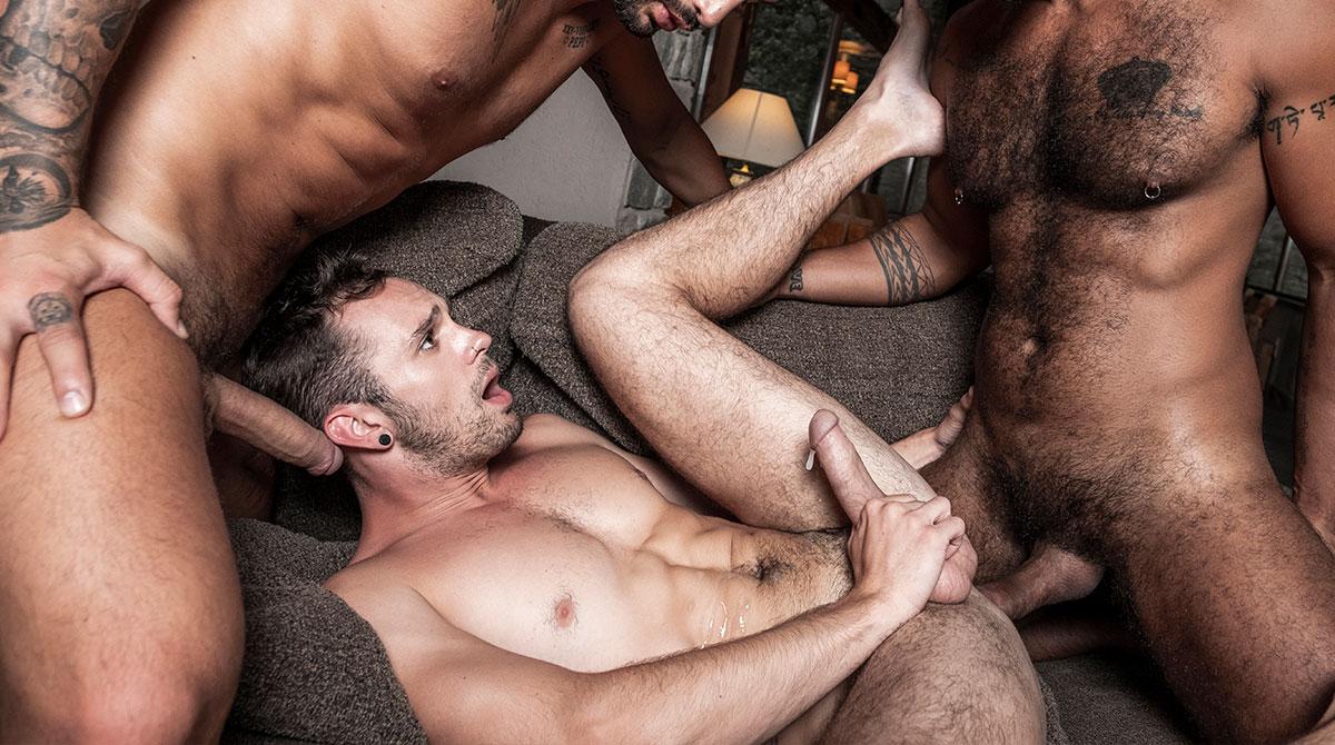 Andrea Suarez Gay Porn Xvideos andrea suarez, apolo fire, drake rogers & louis ricaute - gay -