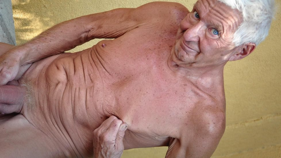 Gordon Jack Off - Gay - Pure Grandpa Power In Action Who Says-6289