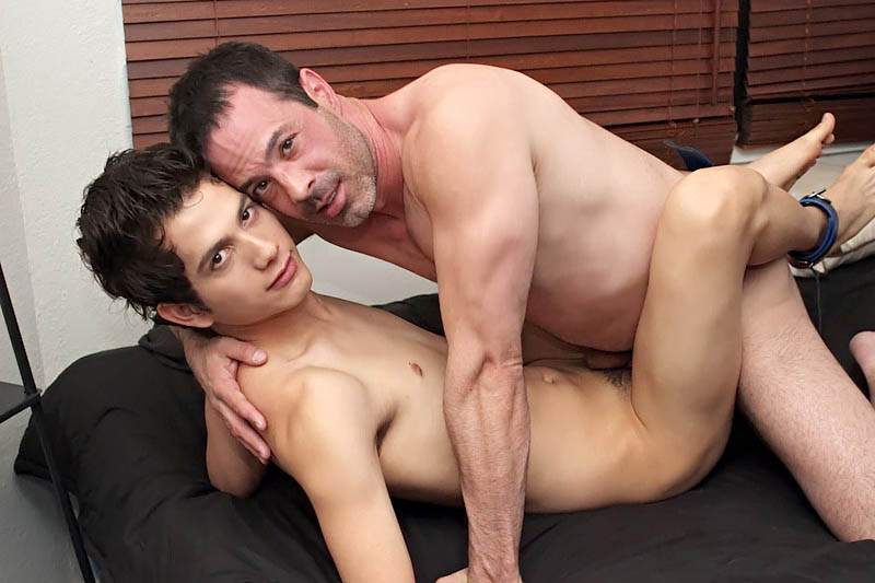 image Gay orgy giovanni lovell is snooping around