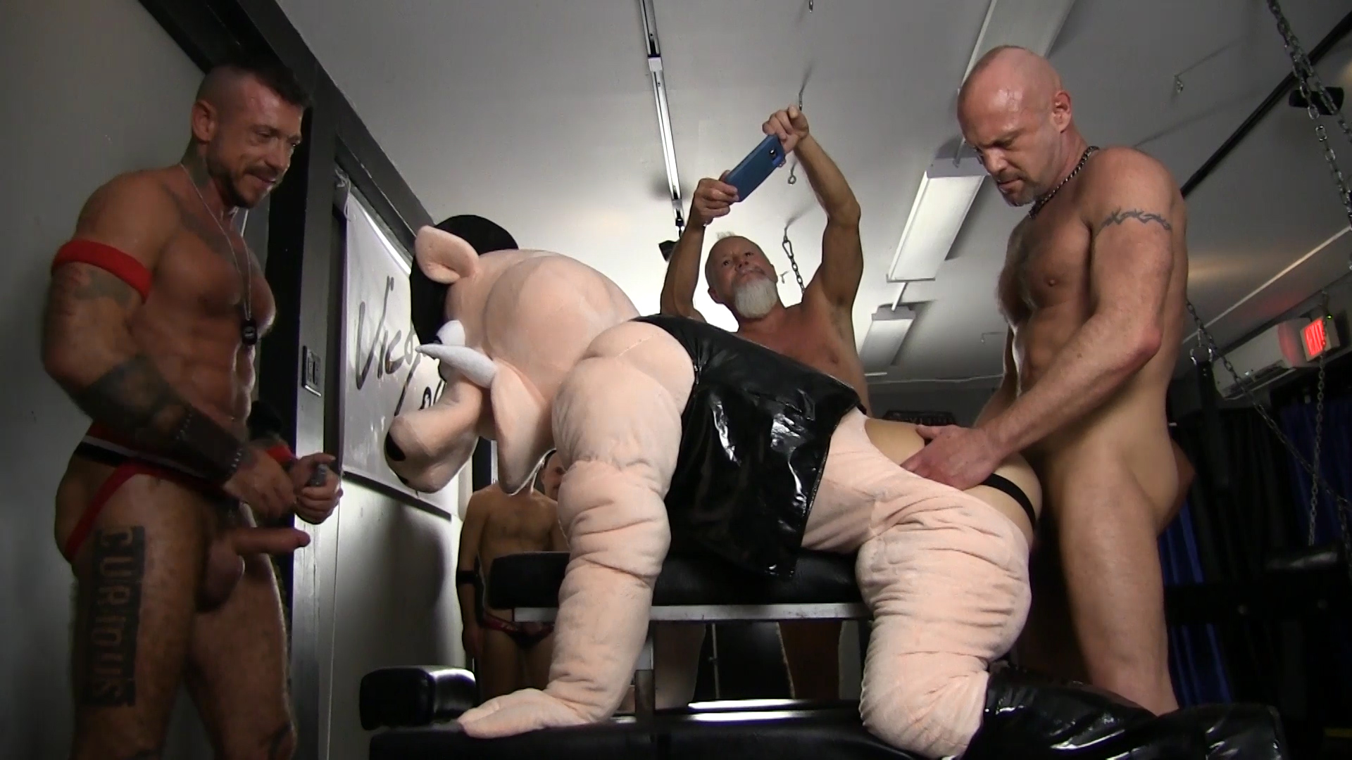 Gorilla tube porn