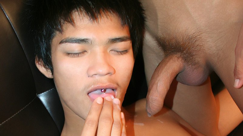 Asian eat cum apologise