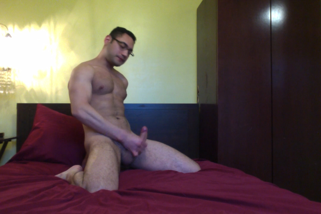 ManSurfer Amateur Josh Stroking His Big Dick