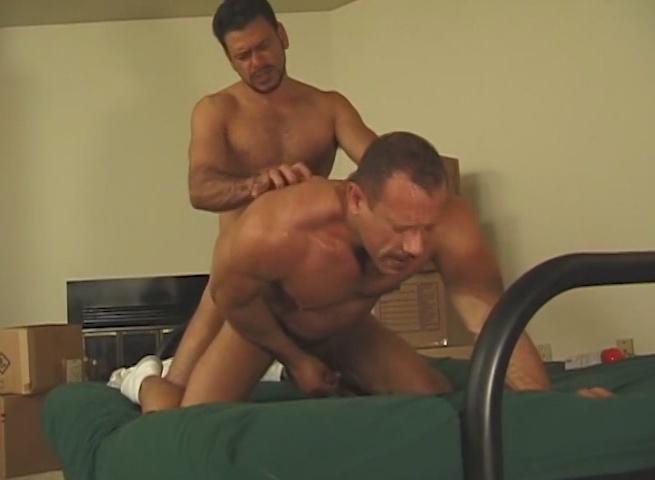 Cameron Cruise Gay Porn