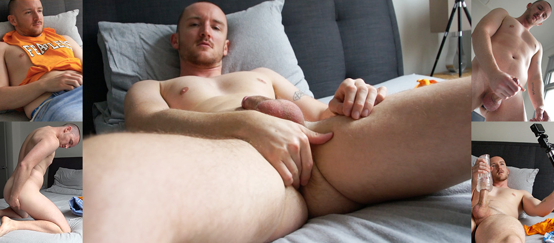Our hot mate Dylan Anderson jacking off in the studio