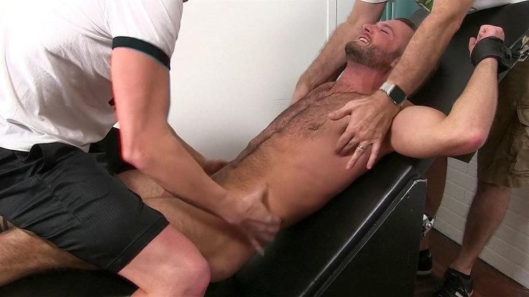 ManSurfer Aiden Hart Tickled Naked
