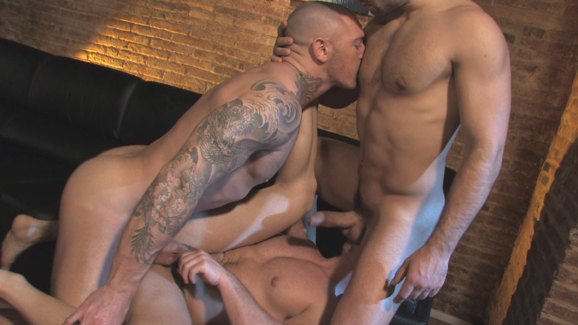 Adrian Spanish Free Gay Porn Video unlimited sexual possibilities in spain - gay - sexo en