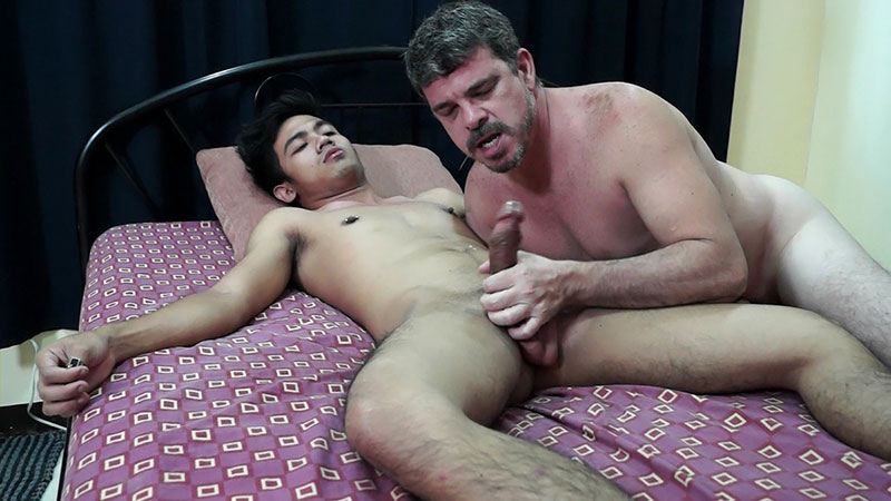 Daddy And Kris Bareback - Gay - I Couldnt Wait To Get My -6222