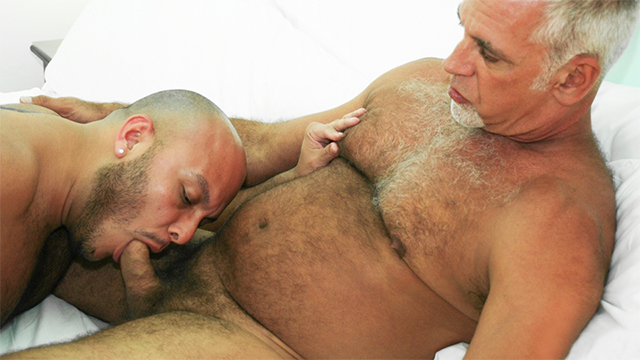 Old hairy gay men porn