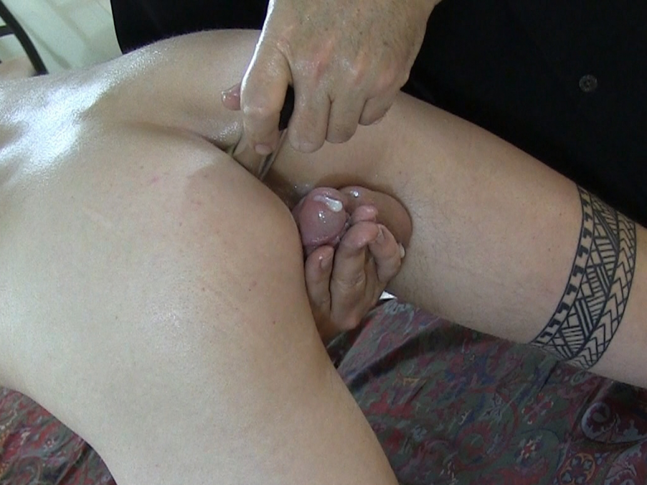 vibrator-in-his-ass-mom-fuck-son-daughter-free-video