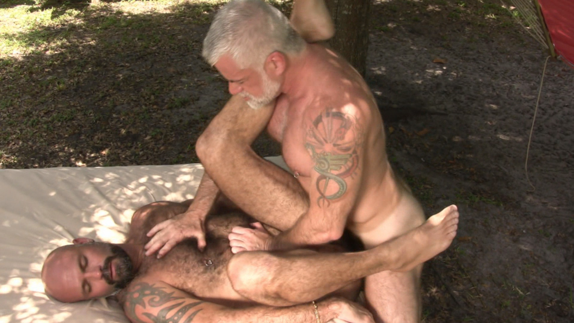 Gay Bear Causes Straight Cumshot