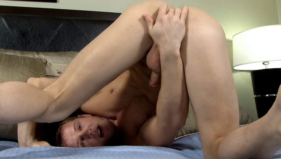 Tommy Dxxx Enjoys Hot Cock Sucking Action