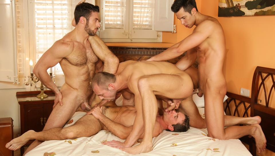 Hotgaylist orgía