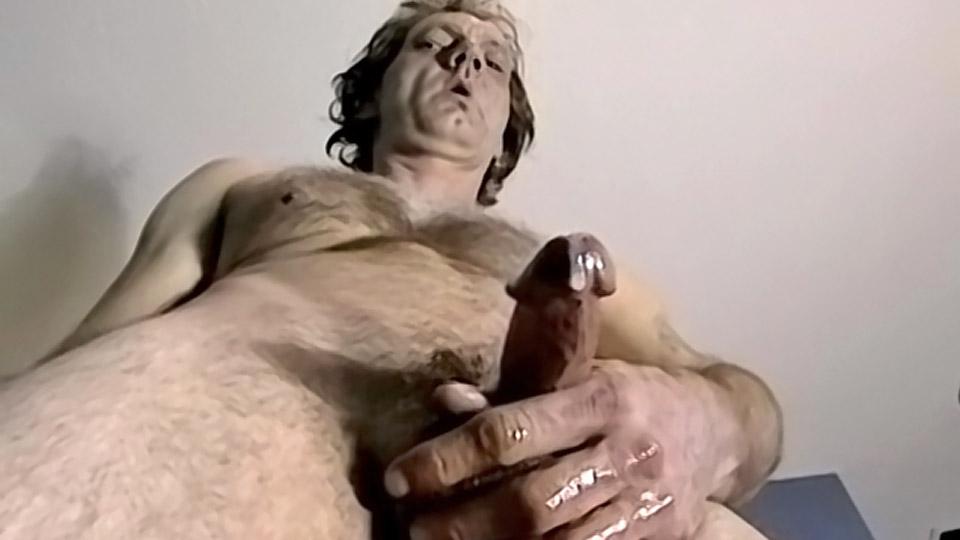 Big Cock Trannie